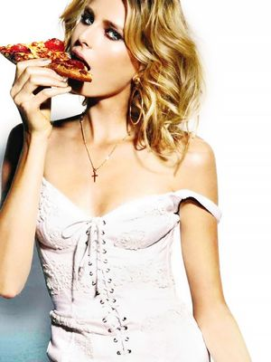 New Study Reveals the Source Behind Your Late-Night Cravings
