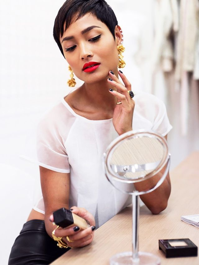 Fingers or Brushes: What's Really the Best Makeup ...