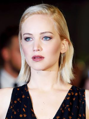 Jennifer Lawrence's Perfect Taupe Lipstick, Revealed