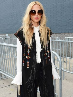 How to Master Holiday Gift Buying, According to Rachel Zoe