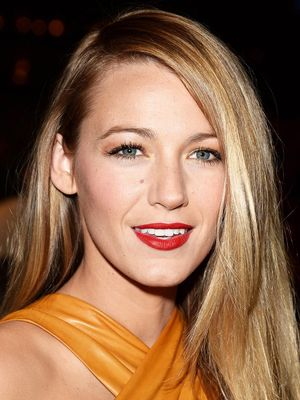 You've Got to See Blake Lively's Amazingly Cool Knotted Braid