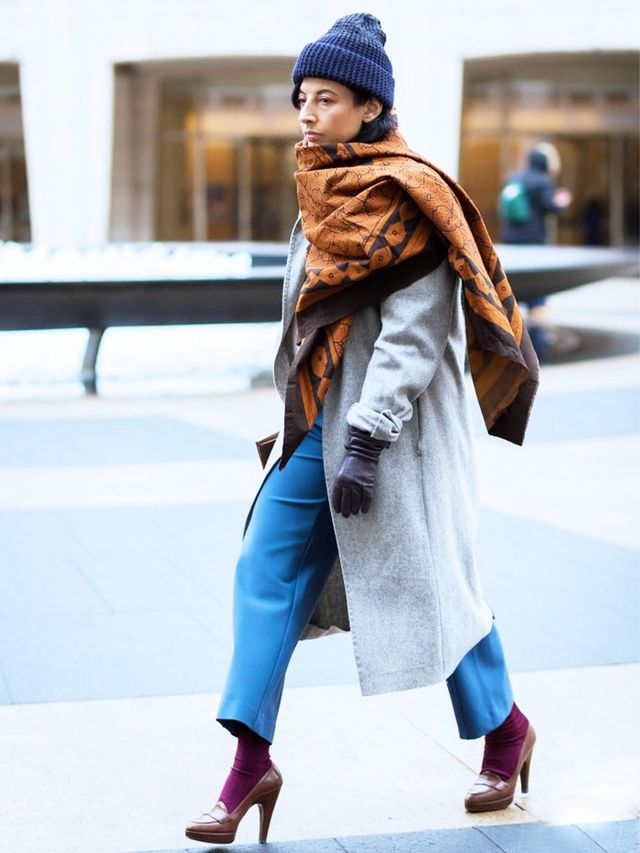 Now Trending: The Super-Size Scarf