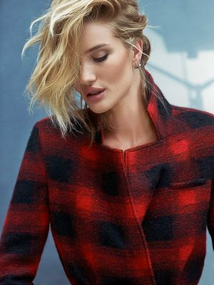 3 Winter Looks Rosie Huntington-Whiteley Would Let Her BFF Borrow
