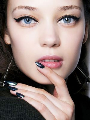 The Best Nontoxic Fall Nail Colours