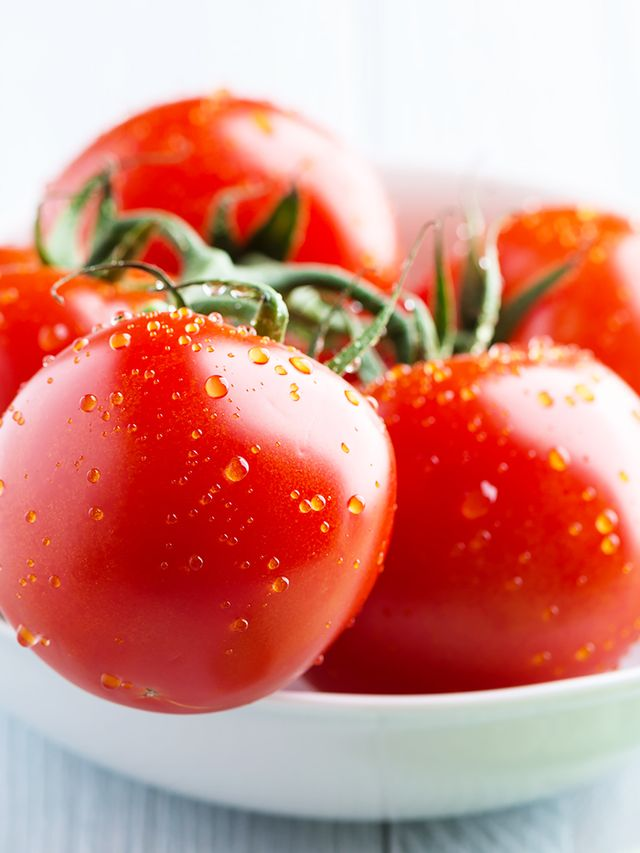 How Tomatoes Can Help You Fight Ageing Skin