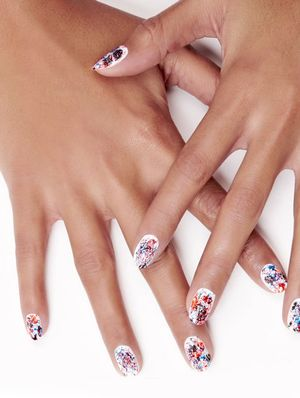A Super-Easy Splattered Mani Tutorial