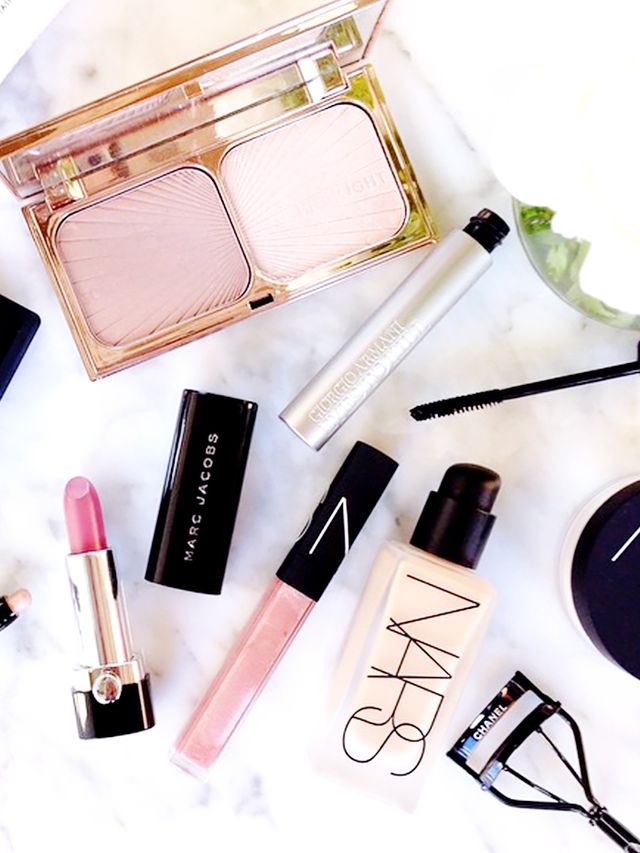 Applying Your Own Wedding Makeup : What Its Like to Do Your Own Makeup for Your Wedding ...