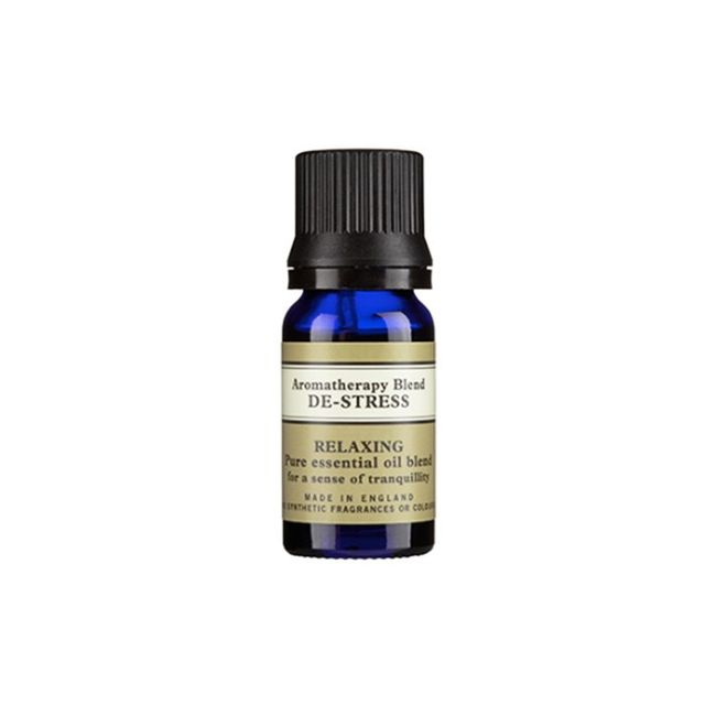 How to fall asleep fast: Neal's Yard Remedies Aromatherapy Blend De-Stress