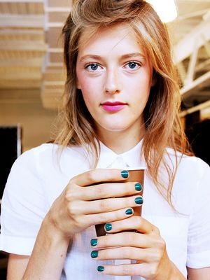 7 Stunning Manicures From Fashion Week (And How to Recreate Them!)
