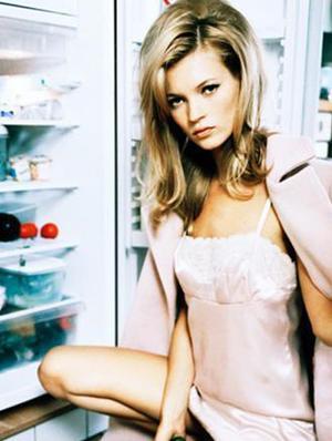 5 Weird Things Beauty Editors Always Keep In Their Fridge