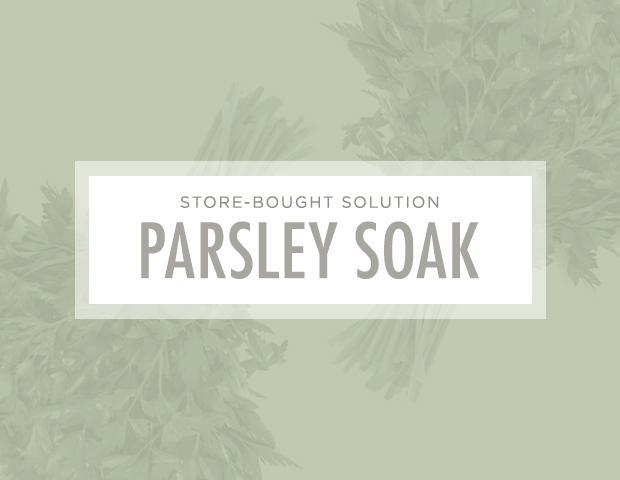 7 Brilliant Ways to Unclog Your Pores: DIY Solution: Parsley soak