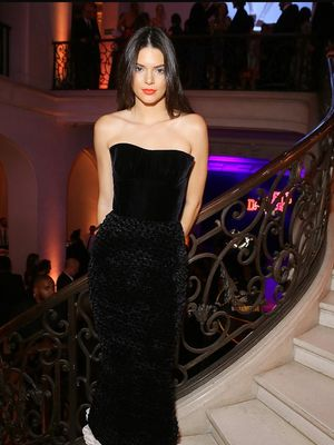 5 Times Kendall Jenner and Emily Ratajowski Looked Like Twins