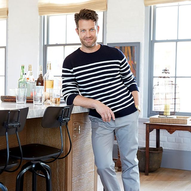 Nate Berkus Gives Us a Tour of His Epic NYC Closet