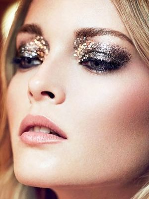 11 Sophisticated Ways to Wear Glitter This Holiday Season