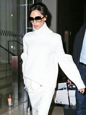 Victoria Beckham's Simple Solution for Staying Chic When It's Freezing