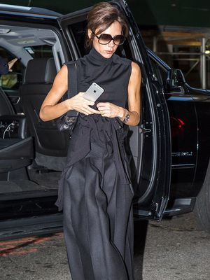 How Victoria Beckham Updates an Ordinary Shirt