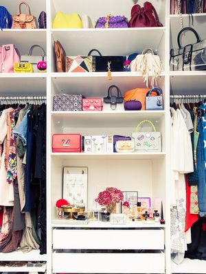 How to Organize Your Wardrobe and Feel Better About Life