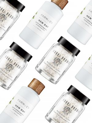 Cleansing Grains: The Natural Exfoliant for Sensitive Skin