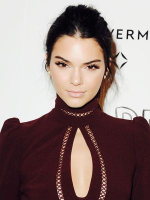 This Kendall Jenner–Inspired Makeup Tutorial Is SO Pretty