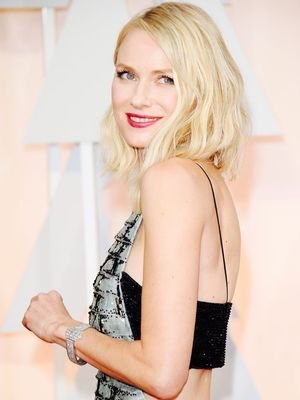Naomi Watts's Trainer Shares 5 Moves for Killer Abs