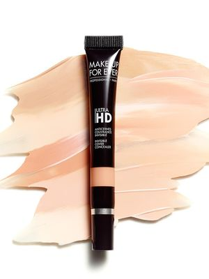 The Amazing Concealer That Erases Dark Circles in a Flash