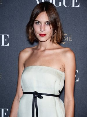Alexa Chung's Fascinating New Video Shows How to Get a Job at Vogue