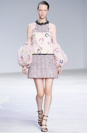 Florals for Spring Were Actually Groundbreaking at Giambattista Valli Couture