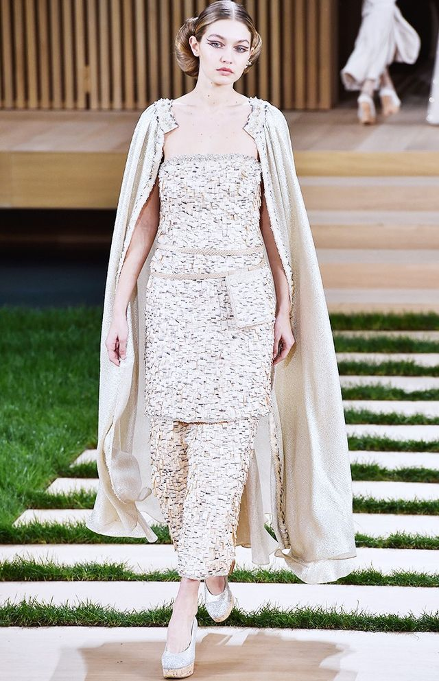 Karl s new it girls take over chanel couture whowhatwear uk for Coupon haute couture