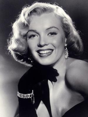 Marilyn Monroe's Favorite Jewelry Brand Is Making a Comeback