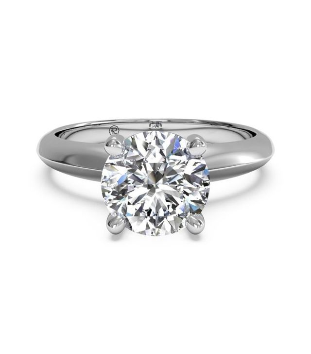 """What The Average Girl Considers A """"Big"""" Engagement Ring"""