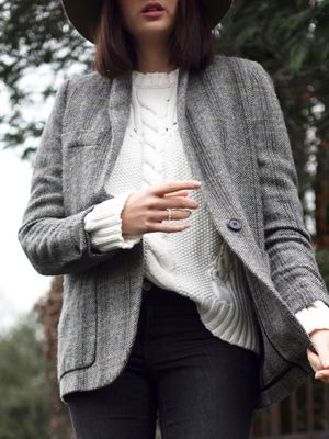 A Blogger-Approved Way to Wear a Tweed Jacket
