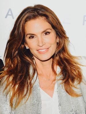 Cindy Crawford Just Announced She Is Retiring