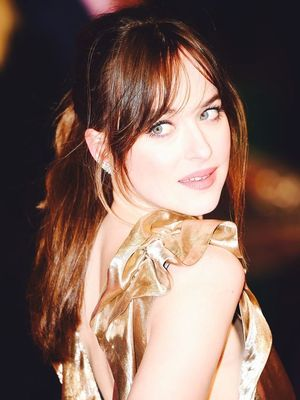 Dakota Johnson Is a Golden Goddess in This Custom Marc Jacobs Dress