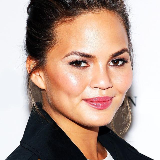 Chrissy Teigen's Makeup Artist Tells Us How to Get Her Glowing Skin