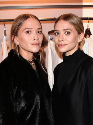 You Have to See This Dramatic Portrait of Mary-Kate and Ashley Olsen