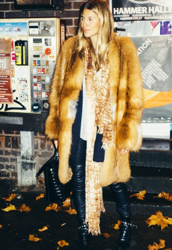 Combine skinny scarves with rock 'n' roll fur coats.