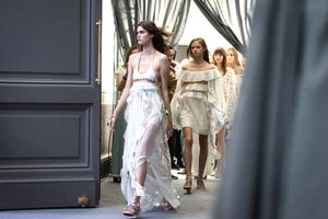 Watch the Chloé Fall Runway Show!