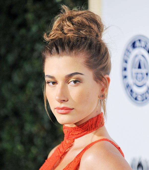 hailey-baldwin-celebrity-beauty-looks