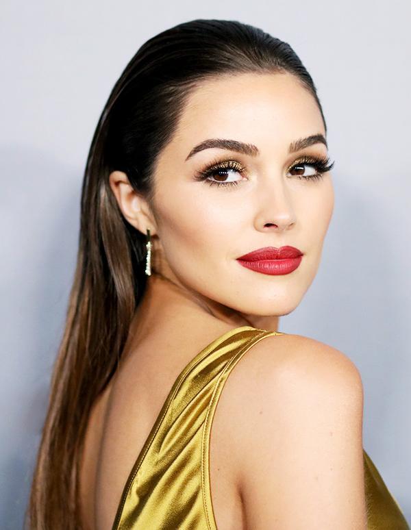 olivia-culpo-red-lipstick