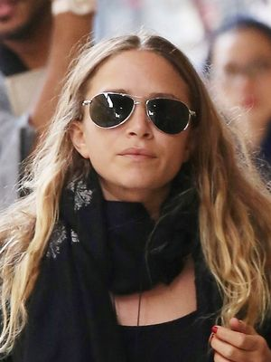 See Mary-Kate Olsen's Stunning Engagement/Wedding Ring Combo