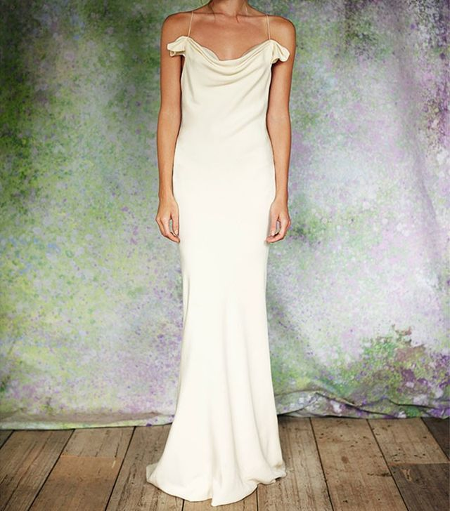 Selling wedding dress uk