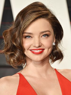 7 Lipsticks Hollywood Makeup Artists Swear By