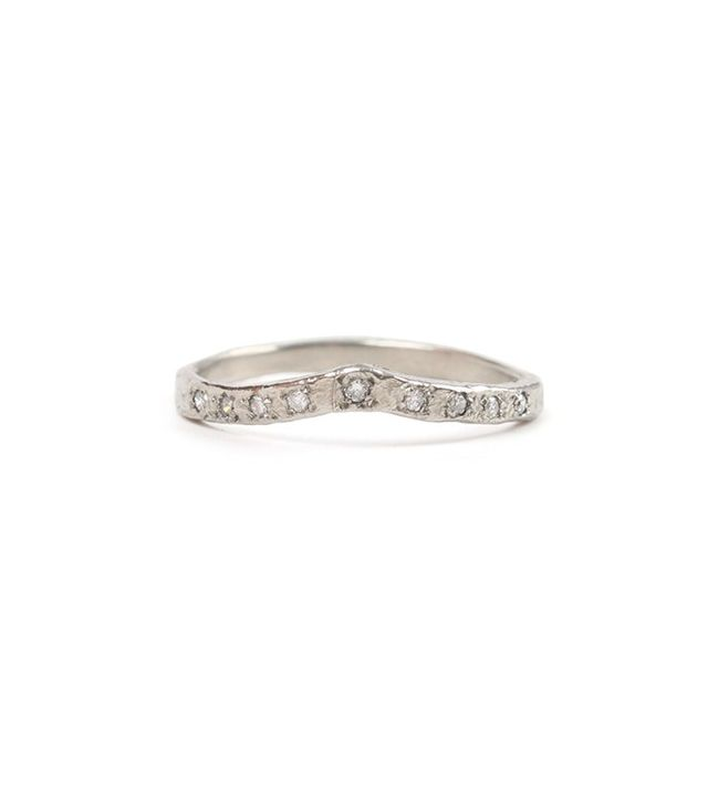 How to Choose the Best Wedding Band for Your Engagement ...