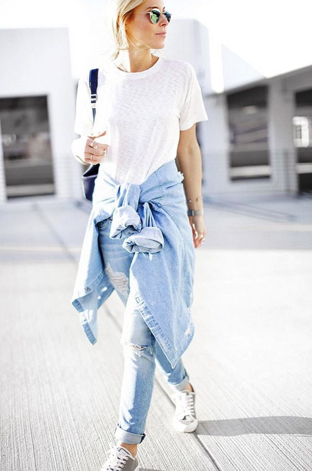 The Coolest Ways to Wear Your Jeans and Sneakers
