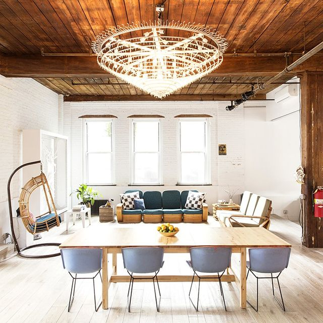 Inside an Expansive and Dramatic Williamsburg Loft