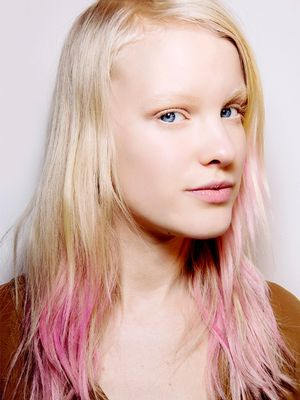 Festival-Ready: 7 Genius New Hair Chalk Alternatives