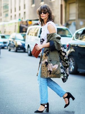 Ask a Stylist: What Shoes Should I Wear With Different Jeans?