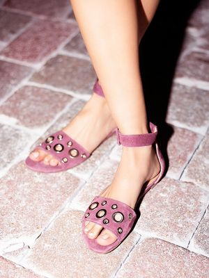 #TuesdayShoesday: Our Favorite Grommet Sandals