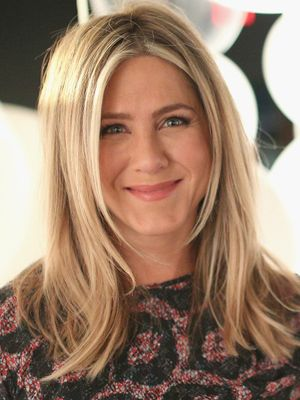 The 2 Fashion Items Jennifer Aniston Kept From the Friends Set