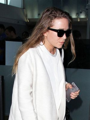 Mary-Kate Olsen's Airport Jacket Is Very Kendall Jenner